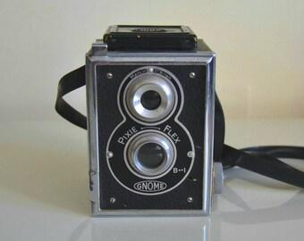Antique Camera Gnome Pixie Flex 1951.