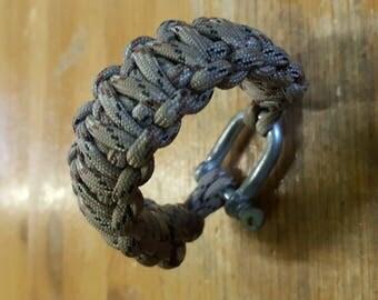 paracord bracelet camo