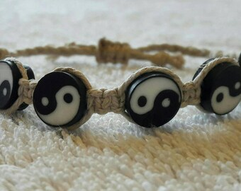 Ying-Yang organic hemp bracelet