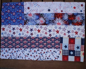 Reversible Placemat Set in Red White Blue