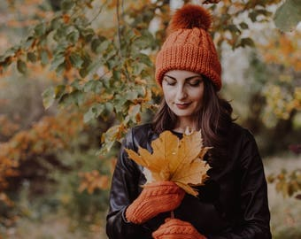 Knitted women beanie hat, Winter hat with pom pom, Fur pom pom,  Winter Hat, Real Fur Pom-pom, Orange hat