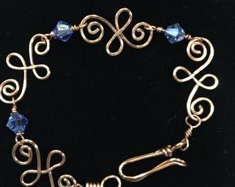 Hammered copper spiral link bracelet