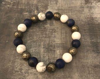 "6.75"" - stretchy bracelet   - gemstone - pretty - handmade"