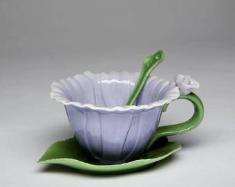 Dahlia Cup and Saucer and Spoon Set (10396)