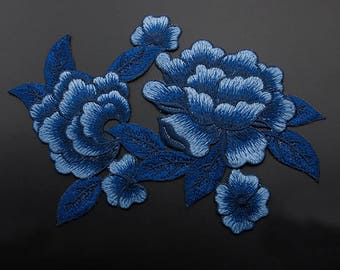Blue Floral Appliques Embroidered Patch