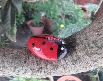 Ladybug - handpainted - ref Ladybug 2 stone
