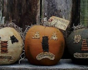 Primitive Halloween Pumpkins/Forgotten pumpkins/Handmade/sad faces/primitive Jacks/primitive Pumpkins/Fall/MADE TO ORDER/