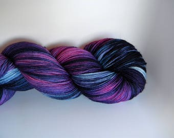 Night Unfurls 4 ply Sock Yarn