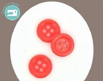 Round button 4 holes plain coral 18 mm diameter
