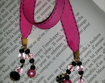 Bookmark pink and black