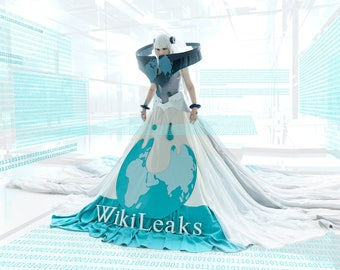 Original humanisation Wikileaks cosplay