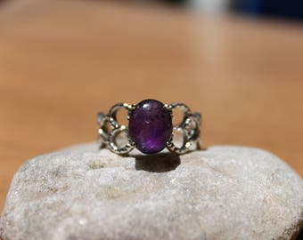 Natural Amethyst Ring in Sterling Silver size 7