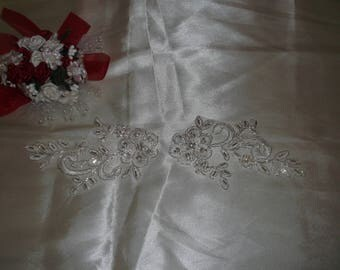 Small Ivory Silver/Rhinestone Beaded Applique