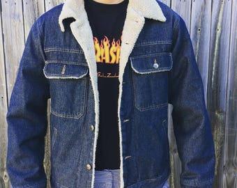 Men's late 90s vintage styled denim jacket