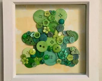 Button box frame green bear
