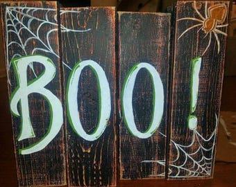 Boo! Halloween wooden pallet decoration