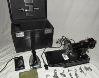 1950 Singer 221 Featherweight w/ case, accessories & matching iron 110V US
