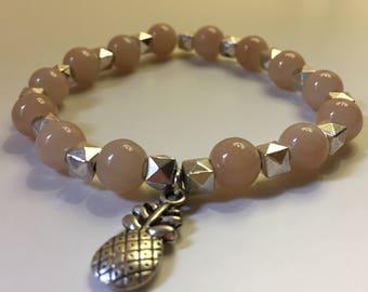 Bracelet light pink glass beads