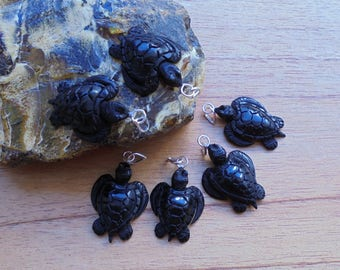 2 Pieces Turtle Pendant, Black Turtle, Turtle Carving Buffalo Horn Jewelry P155