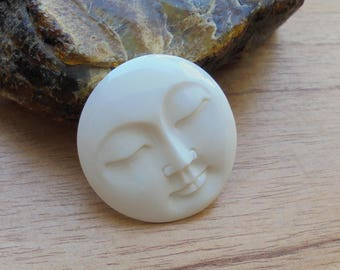 35 mm Moon Face Pendant, Single Face Bead, Bali Bone Carving Jewelry P307