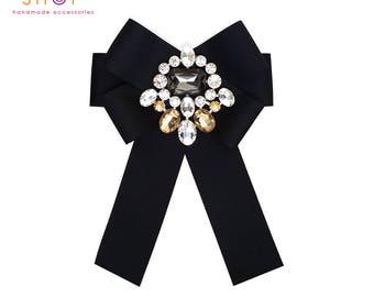 Grosgrain bow crystal brooch,bow brooch,Luxury fashion,Crystal bow brooch,Grosgrain bow brooch,Designer jewelry,Vintage brooch,Dress brooch
