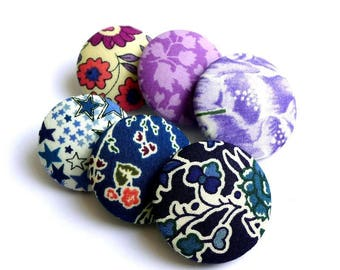 6 buttons covered with liberty fabric in a mixture of sizes and patterns