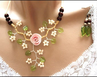 Set was pink flower branch beads