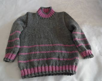 Sweater collar fireplace in grey and pink size 4 years