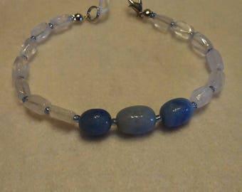 Blue Quartz and Faceted Rose Quartz Beaded bracelet