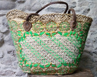 Basket Palm - leather handles - basket - nature - natural fibers - boho style - hippie chic - gypsy style - lace - yellow - green.