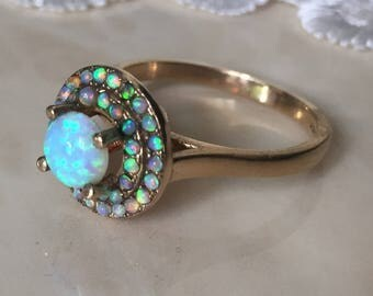 Vintage Opal 9ct Gold Ring