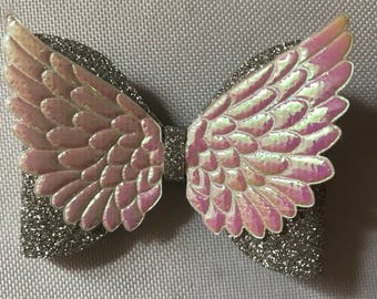 Silver glitter angels wings bow