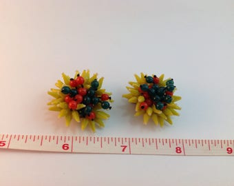 Vintage retro clip earrings