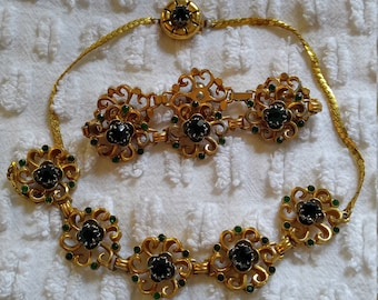 Vintage costume gold tone and green necklace and bracelet