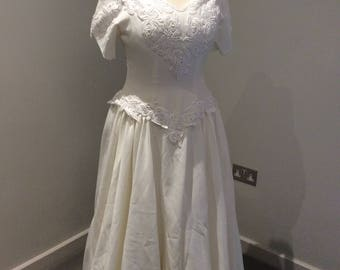 Vintage 1990's cream wedding gown