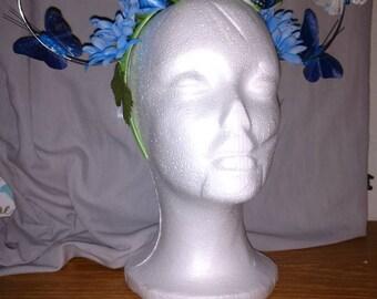 Flutters & blooms in blue