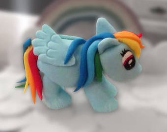 My Little Pony Rainbow Dash Fondant Cake Topper