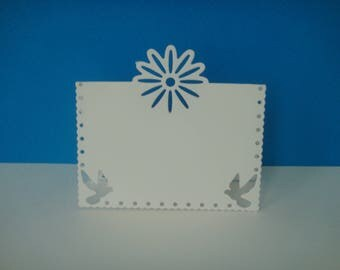 Cut brand square white 3D Daisy and doves
