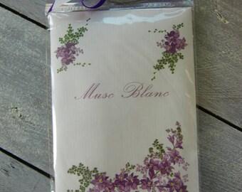 White musk scented sachet
