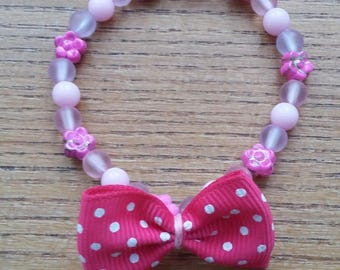 Pink flower bracelet, glass beads, pastel pearls