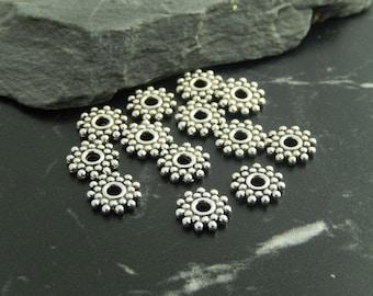 10 spacer flower beads