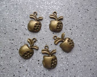 5 Apple charms metal bronze 15 mm