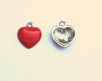 Set of 2 red hearts T37