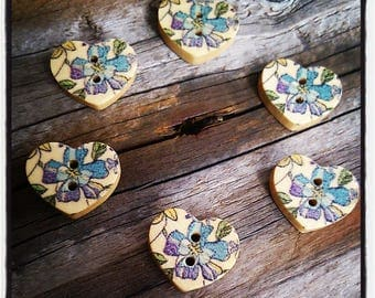 wood set of 6 buttons: flower pattern blue and purple 17mm heart shape