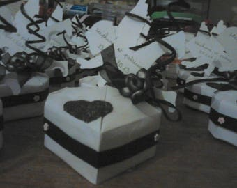 wedding box in packs of 5 black and white origami heart