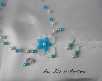 """Set 2 pieces child """"M"""" necklace and Earrings turquoise and white"""