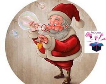1 cabochon glass 25 mm image Santa Claus theme
