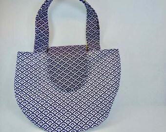 Round handbag, black and white cotton