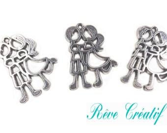 10 pcs Pendants Couple Lovers 31mm x 24mm in silver metal