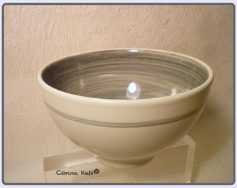 Breakfast earthenware bowl painted by hand, grey